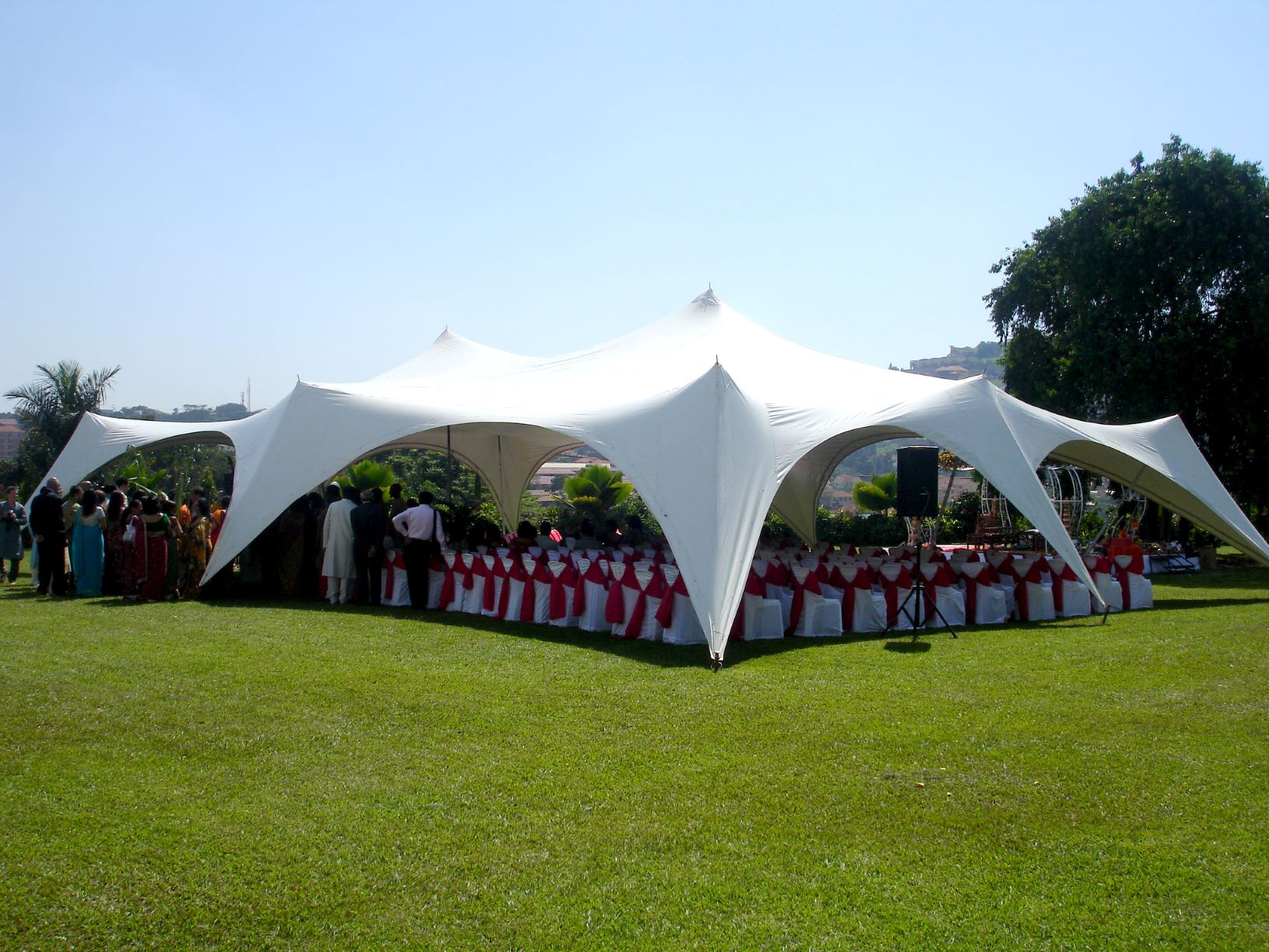 Our funky Aladdin tent is a refreshing option if you want to host your function under unique and cool tent