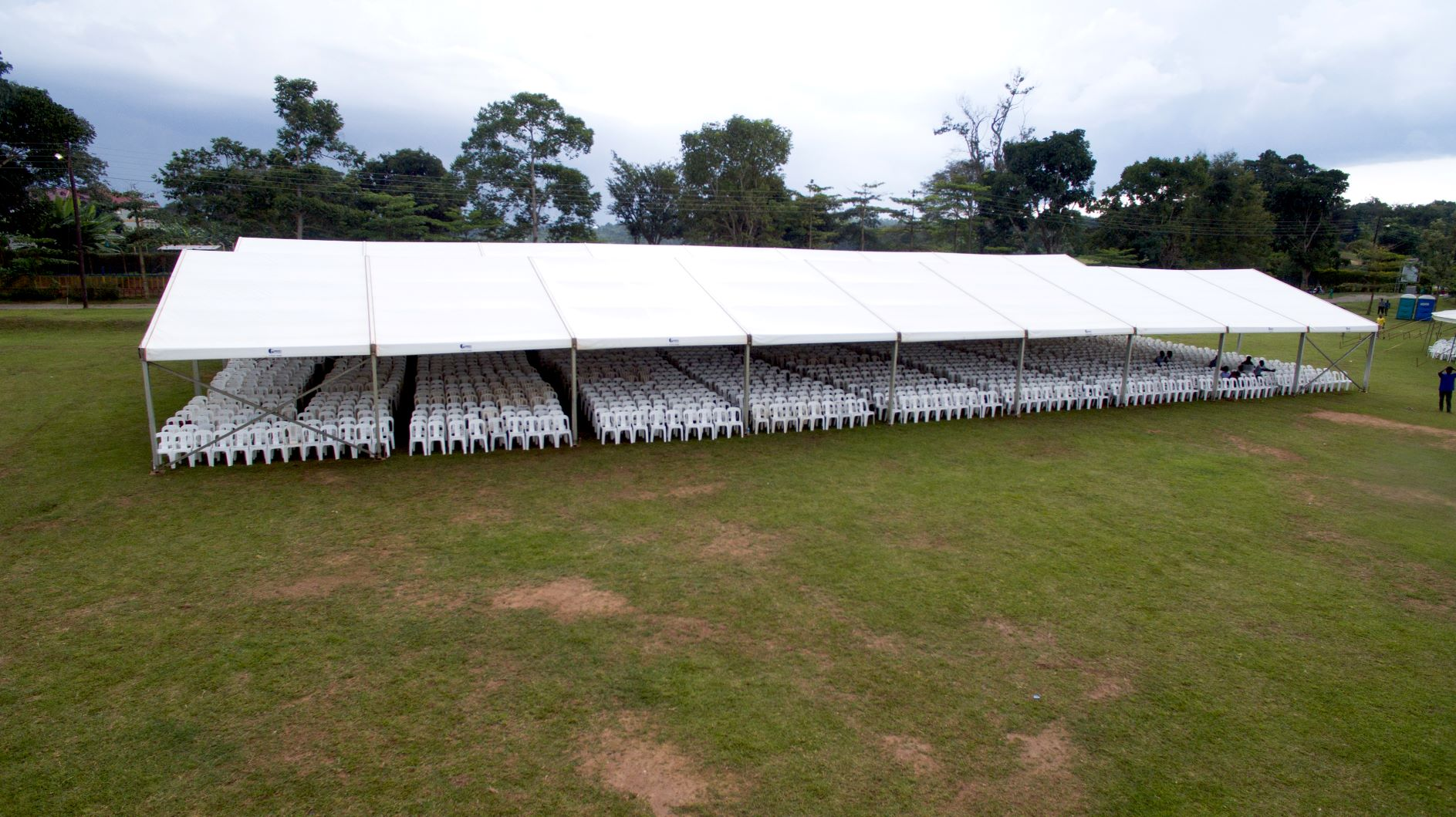 Our Multiflex tents are an excellent choice for corporate functions and university graduations